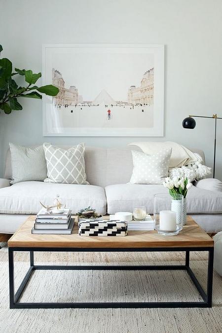 minimalistyczny-stolik-kawowy